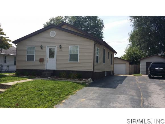 Rental Homes for Rent, ListingId:35105288, location: 446 North 1ST Street Wood River 62095