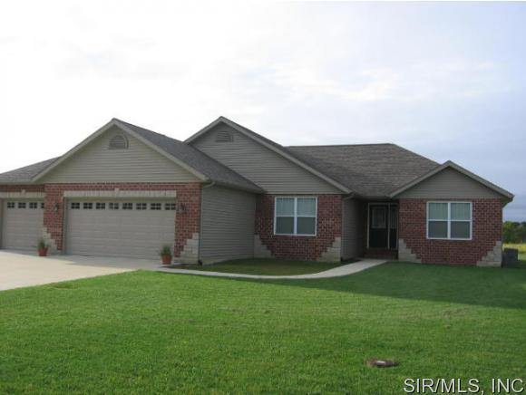 Real Estate for Sale, ListingId: 35627126, Breese,IL62230