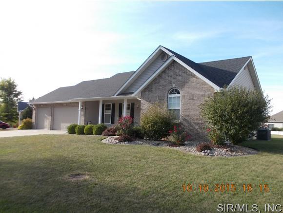 Real Estate for Sale, ListingId: 35774411, Worden,IL62097