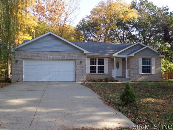 Real Estate for Sale, ListingId: 35940312, Worden,IL62097