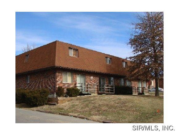 Rental Homes for Rent, ListingId:35973309, location: 3005 East B Street Belleville 62221