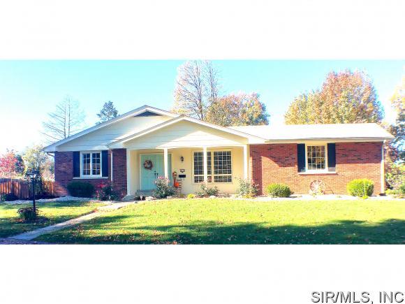 Real Estate for Sale, ListingId: 36025816, Godfrey,IL62035