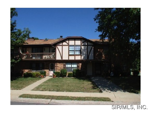 Rental Homes for Rent, ListingId:36091774, location: 902 MACES GROVE Road O Fallon 62269
