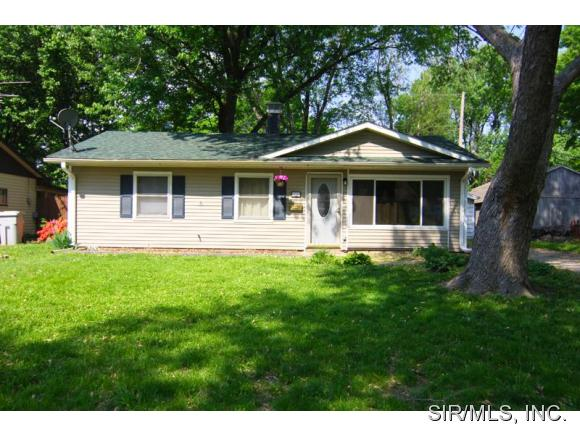 435 S 4th St, Caseyville, IL 62232