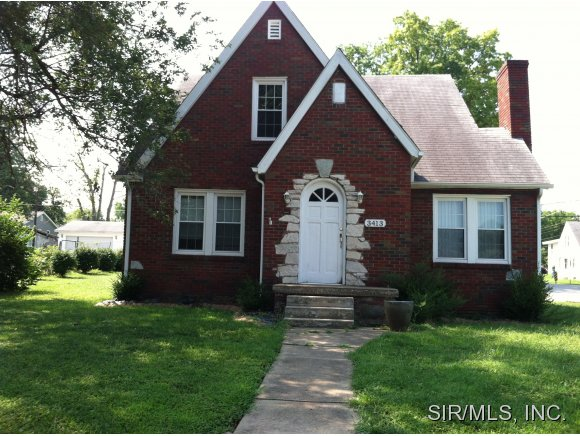 Rental Homes for Rent, ListingId:36256970, location: 3413 GILHAM Avenue Alton 62002