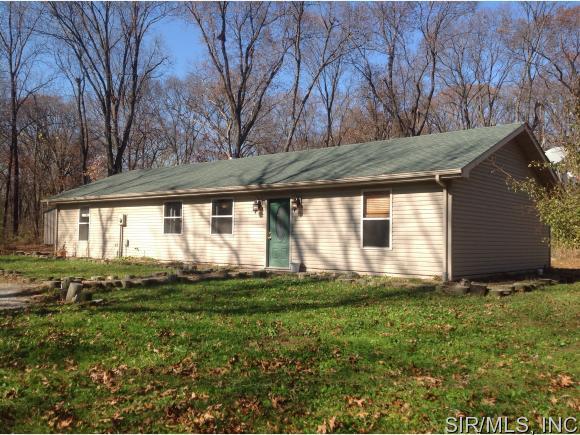 Real Estate for Sale, ListingId: 36276208, Staunton,IL62088