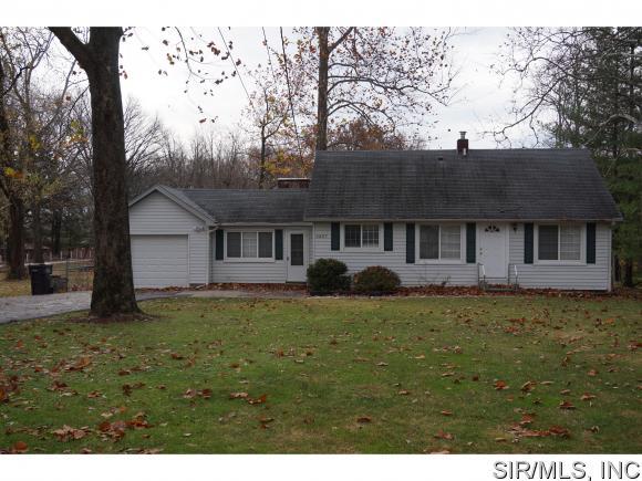 Real Estate for Sale, ListingId: 36288916, Godfrey,IL62035