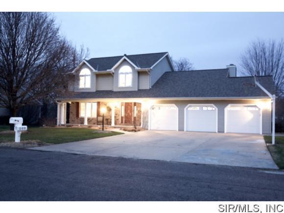 Real Estate for Sale, ListingId: 36600615, Germantown Hills,IL61548