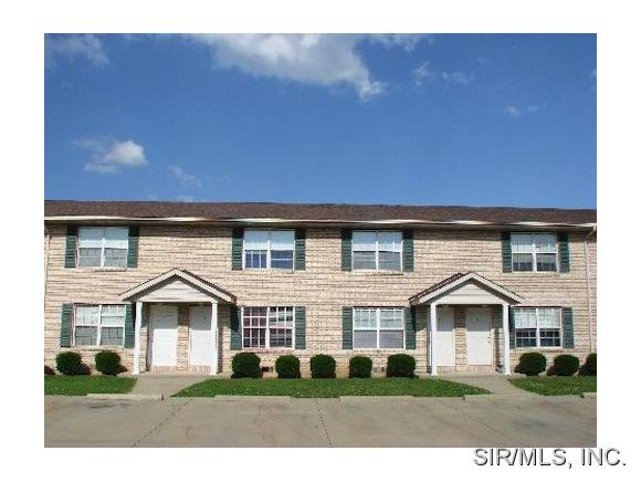 Rental Homes for Rent, ListingId:36797127, location: 509 PONDEROSA Avenue O Fallon 62269