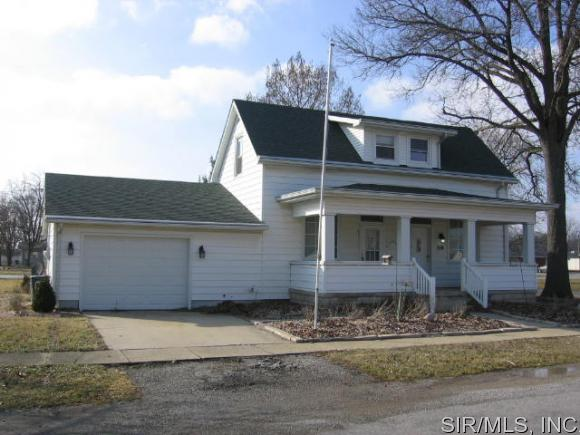 210 Sharp St, Beckemeyer, IL 62219