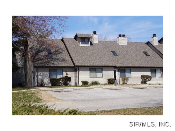 Rental Homes for Rent, ListingId:36825012, location: 818 WHITE OAK Drive O Fallon 62269