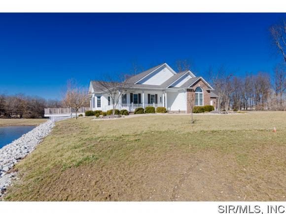 Real Estate for Sale, ListingId: 37124355, Staunton,IL62088