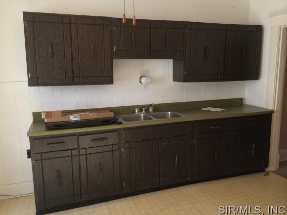 Rental Homes for Rent, ListingId:37256568, location: 503 Bond Alton 62002