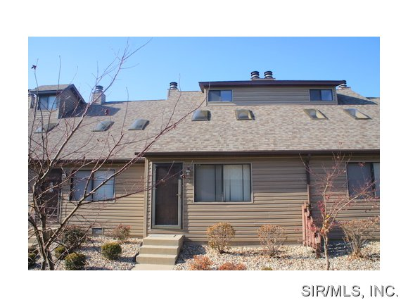 Rental Homes for Rent, ListingId:37284265, location: 405 PONDEROSA Avenue O Fallon 62269