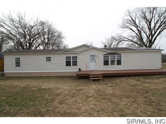 511 N Stanley Rd, Cottage Hills, IL 62018