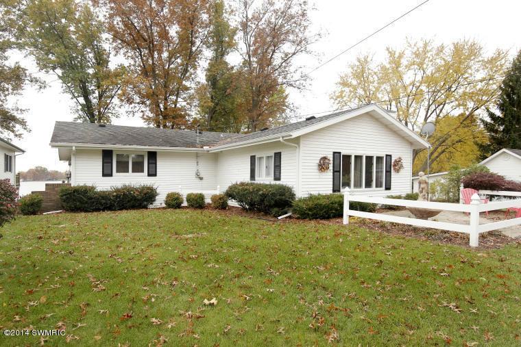 Real Estate for Sale, ListingId: 32127714, Colon,MI49040