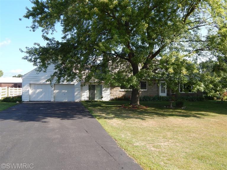 Real Estate for Sale, ListingId: 32127488, Sturgis,MI49091