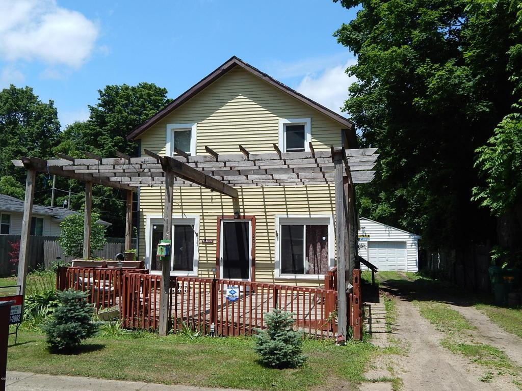 286 Arbor St W, Marcellus, MI 49067