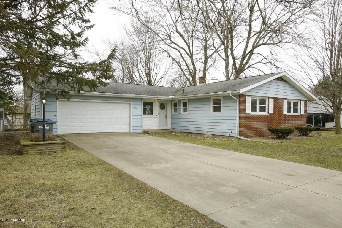 Photo of 701 Buckingham Drive  Sturgis  MI