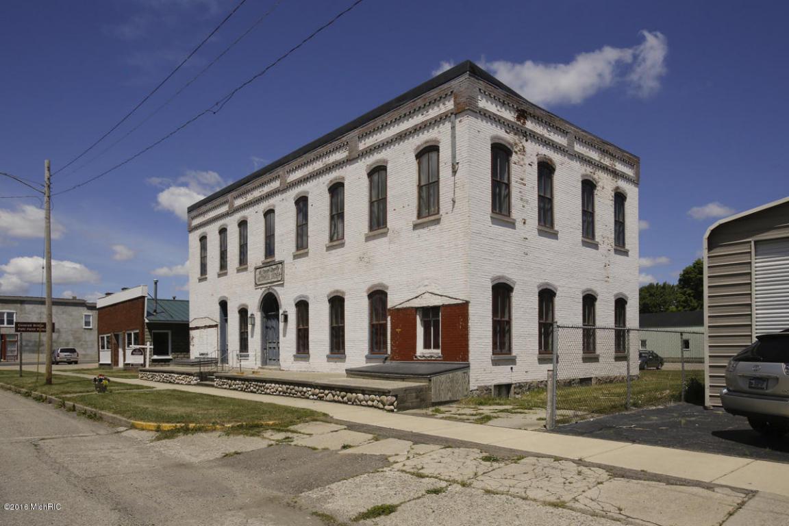 113 E Main St, Centreville, MI 49032