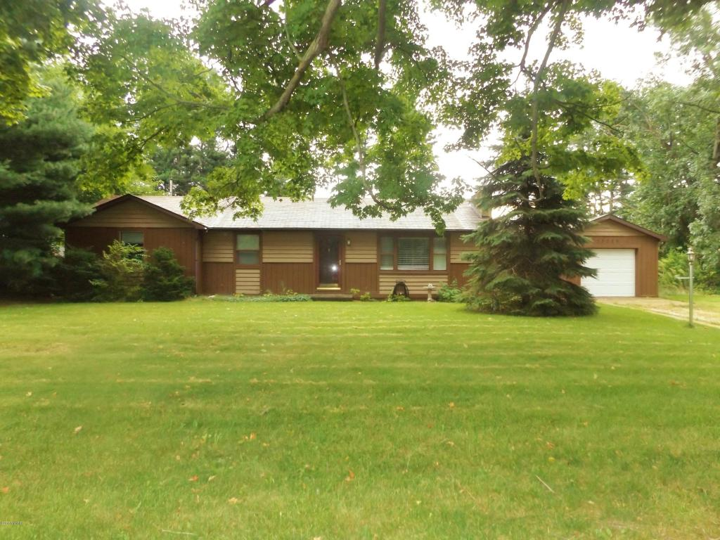 55225 Buckhorn Rd, Three Rivers, MI 49093