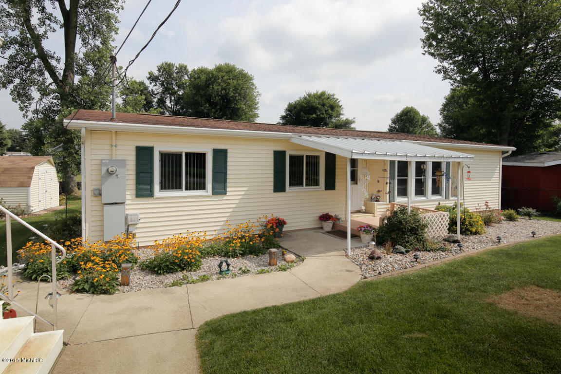 Photo of 60708 Shoreline Drive  Burr Oak  MI