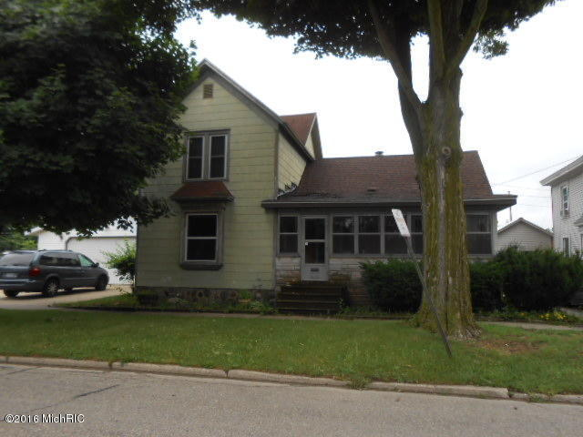 Photo of 103 N Fourth Street  Sturgis  MI