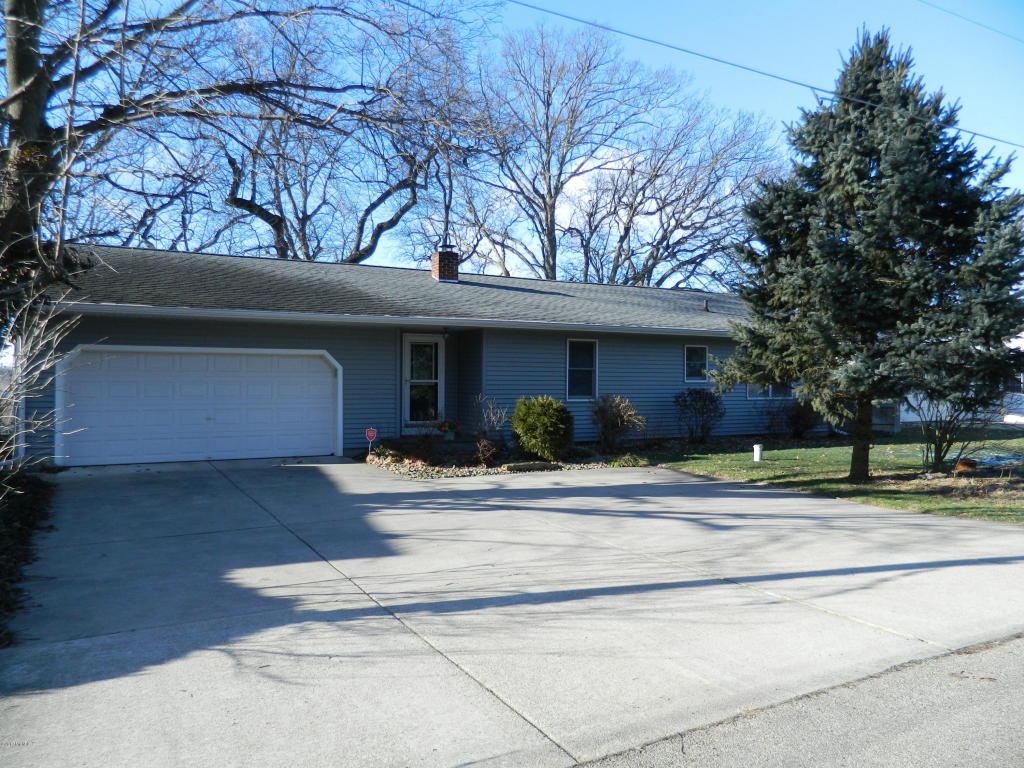 Photo of 68898 Twilight Street  Edwardsburg  MI