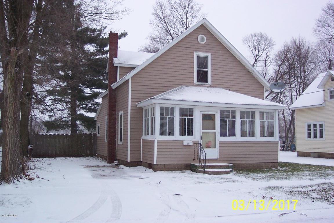 Photo of 502 E Hatch Street  Sturgis  MI