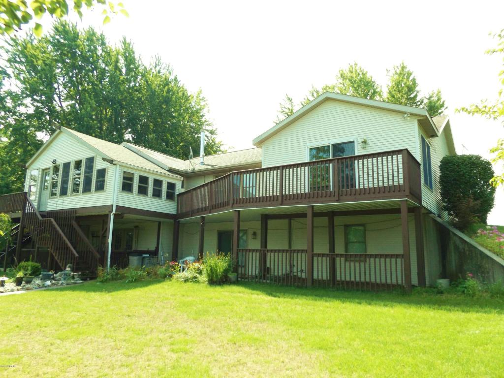 Photo of 17430 Fawn River Road  White Pigeon  MI