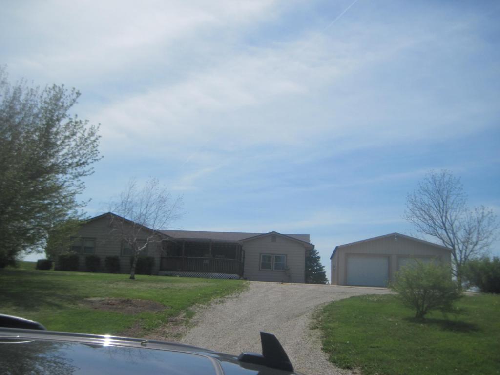 5 acres by Stewartsville, Missouri for sale
