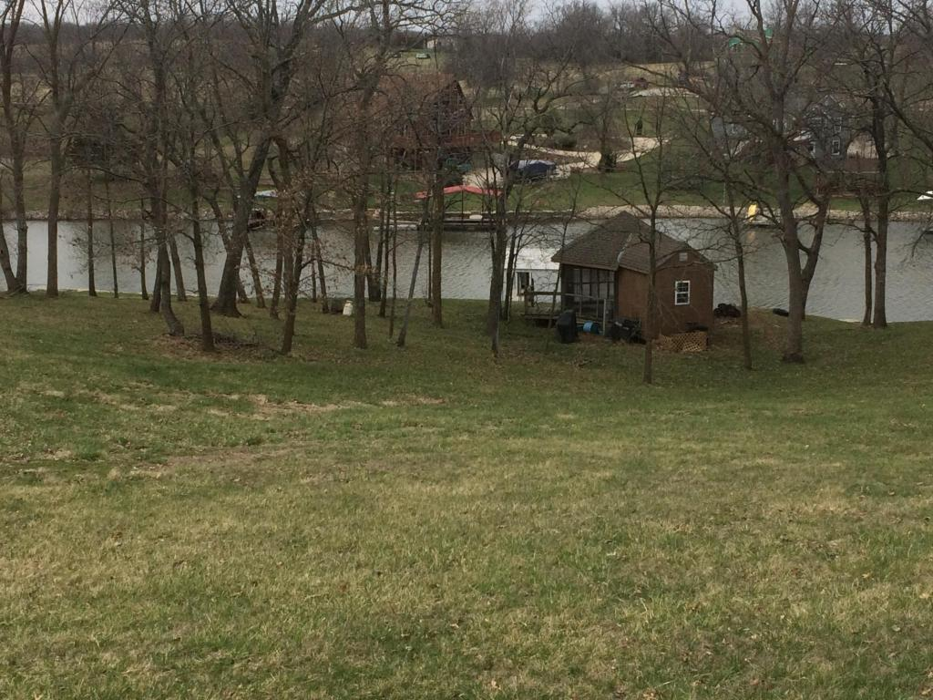 Photo of Lot  711  Lake Viking Ter  Altamont  MO