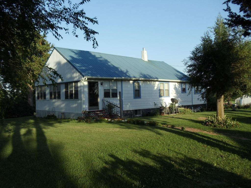 Photo of 6936 NE Pleasant Rd  Pattonsburg  MO
