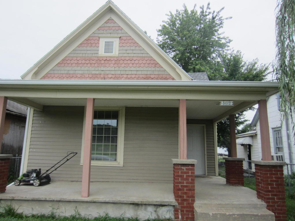 Photo of 3012 S 19th St  St Joseph  MO