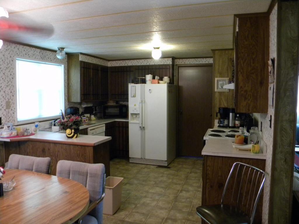 1166  Lake Viking Ter, Altamont, MO 64620