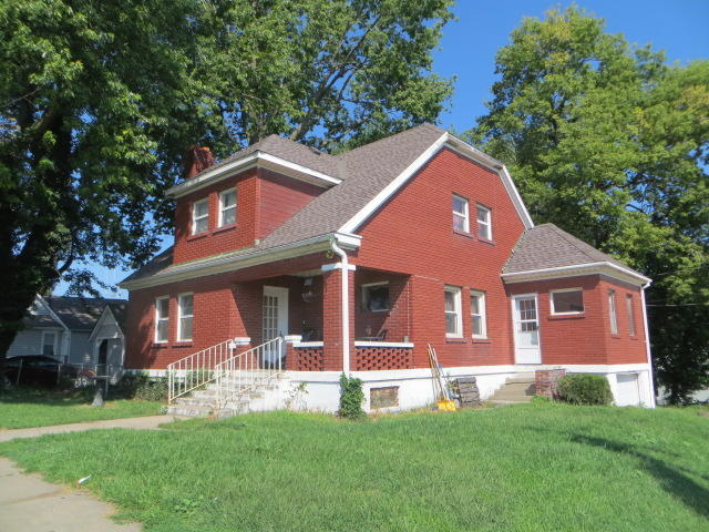 Photo of 209 E 4th St  Cameron  MO