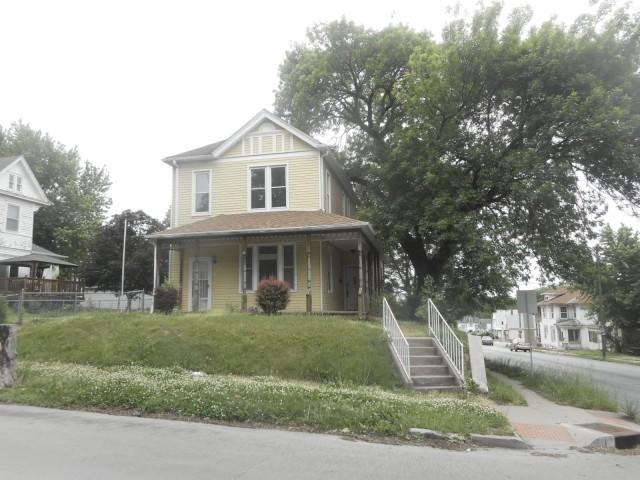 Photo of 2202  Felix St  St Joseph  MO