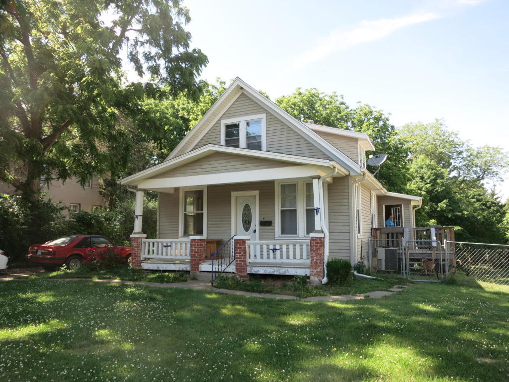 Photo of 2713  Lovers Ln  St Joseph  MO