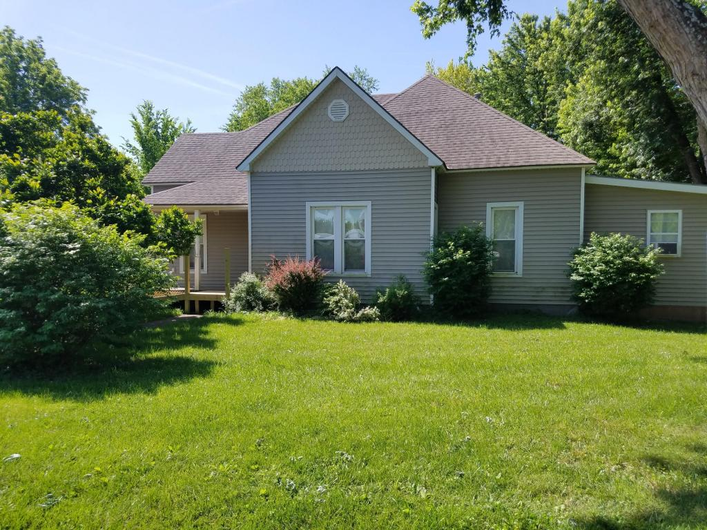 Photo of 409  Shivel Ave  Gower  MO