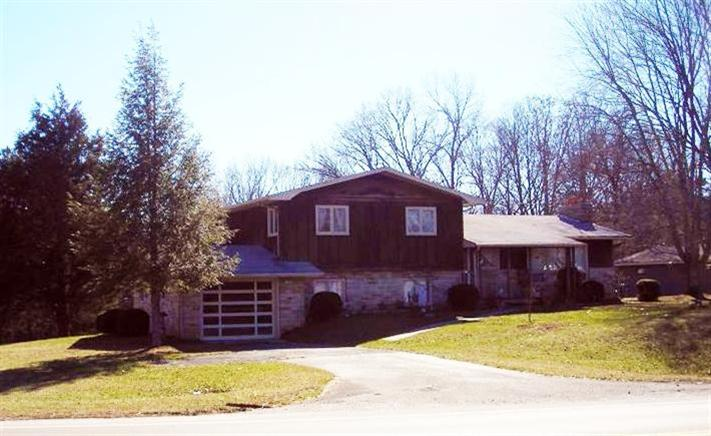 2 acres in Stearns, Kentucky