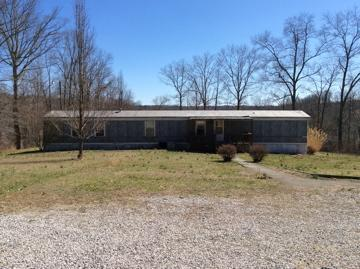 10 acres in Stearns, Kentucky