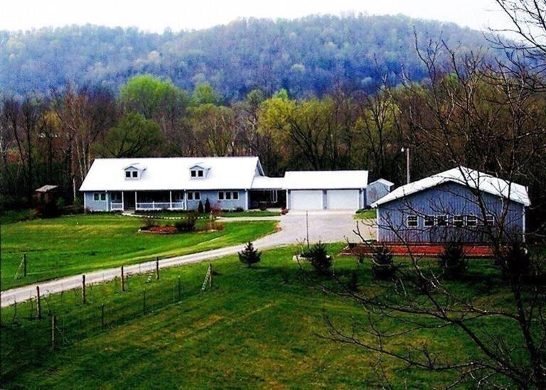 9 acres Burkesville, KY