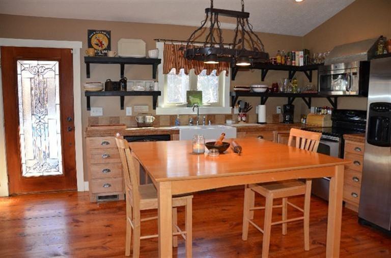 Real Estate for Sale, ListingId: 31623436, Jamestown,KY42629
