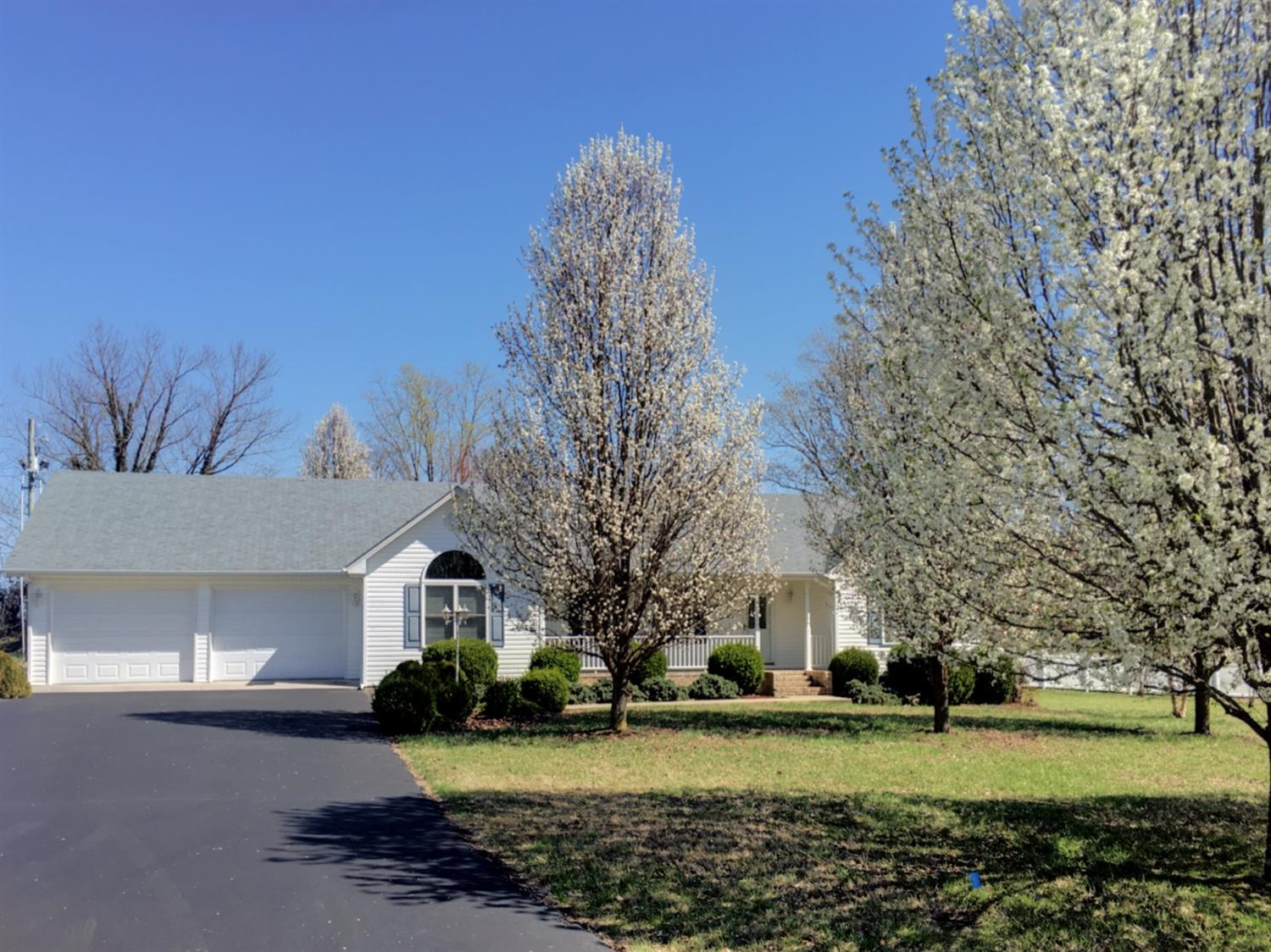 Photo of 52 Lucy Lane  Jamestown  KY
