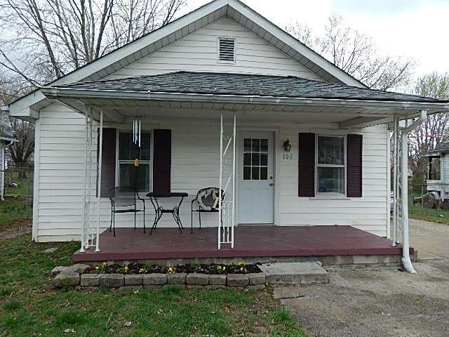 Photo of 105 Chaudion Street  Somerset  KY