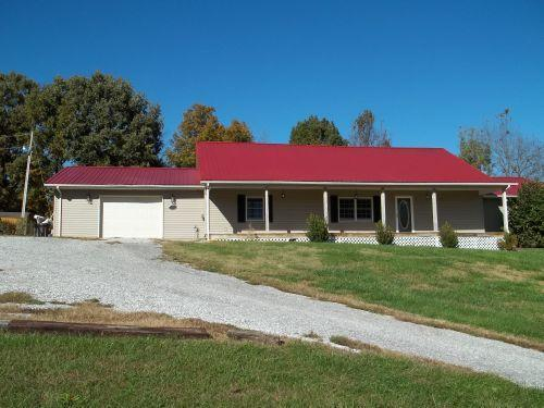 5777 Ky Hwy 90 Albany, KY 42602