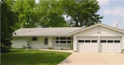 111 W 9th St, Storm Lake, IA 50588