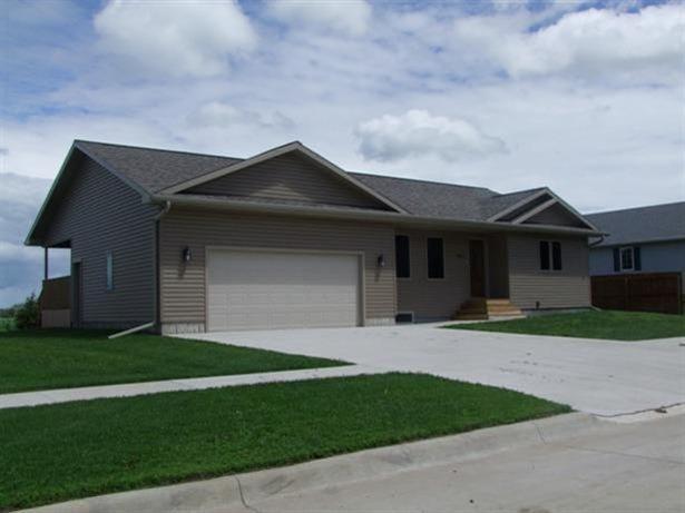 Real Estate for Sale, ListingId: 27145225, Storm Lake,IA50588