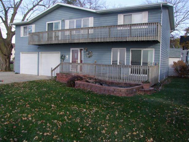 Real Estate for Sale, ListingId: 28990074, Storm Lake,IA50588