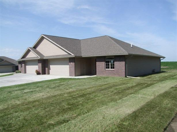 810 W 2nd St # UNIT: 6, Alta, IA 51002